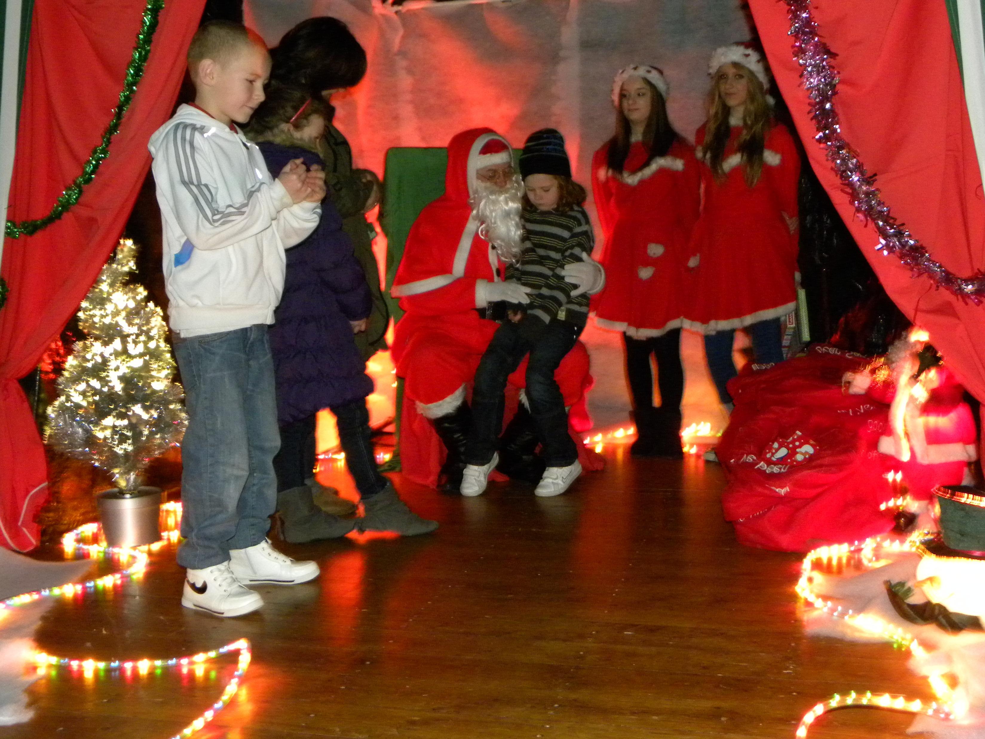 Santa Visit 2011 009