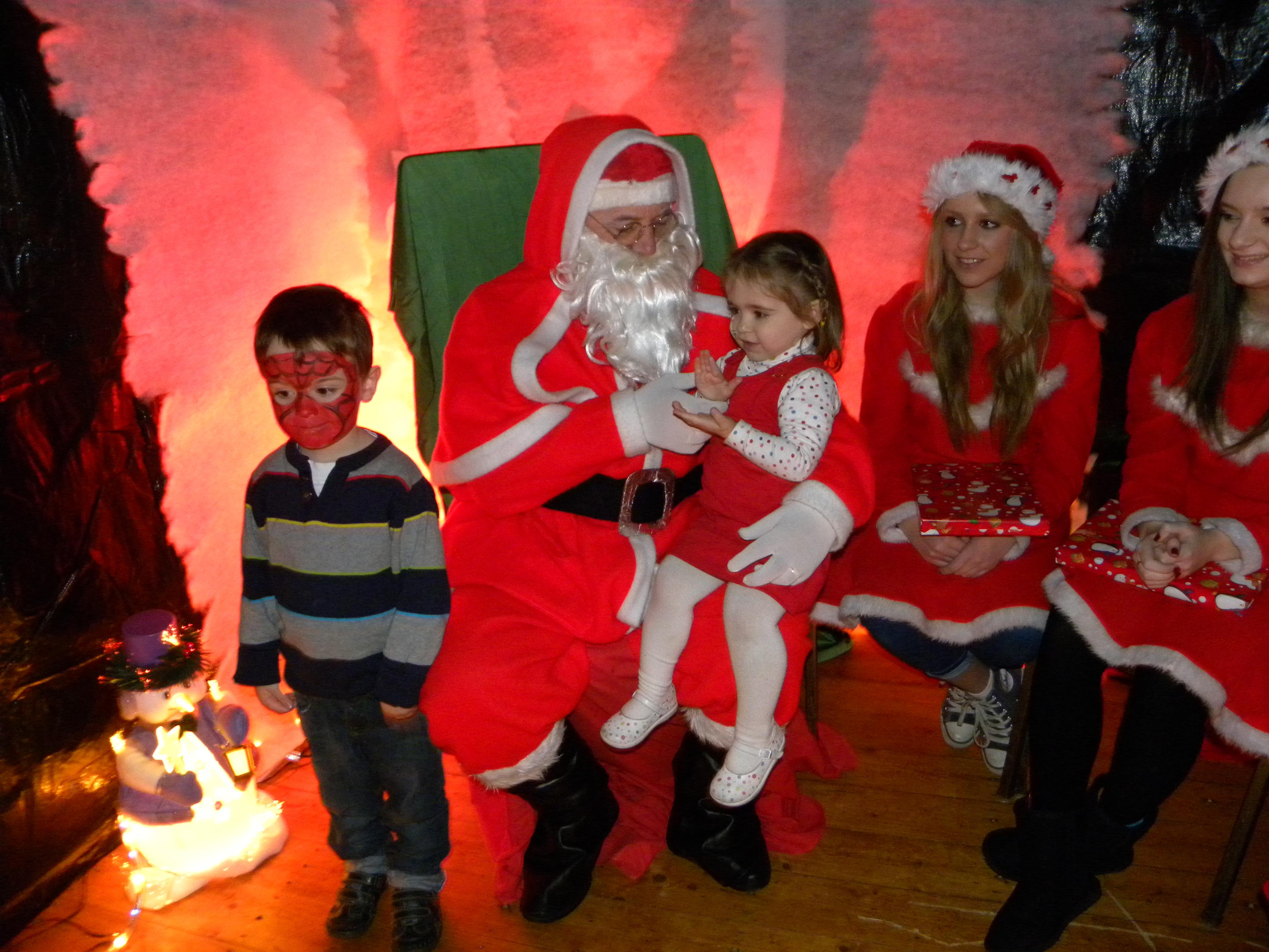 Santa Visit 2011 015