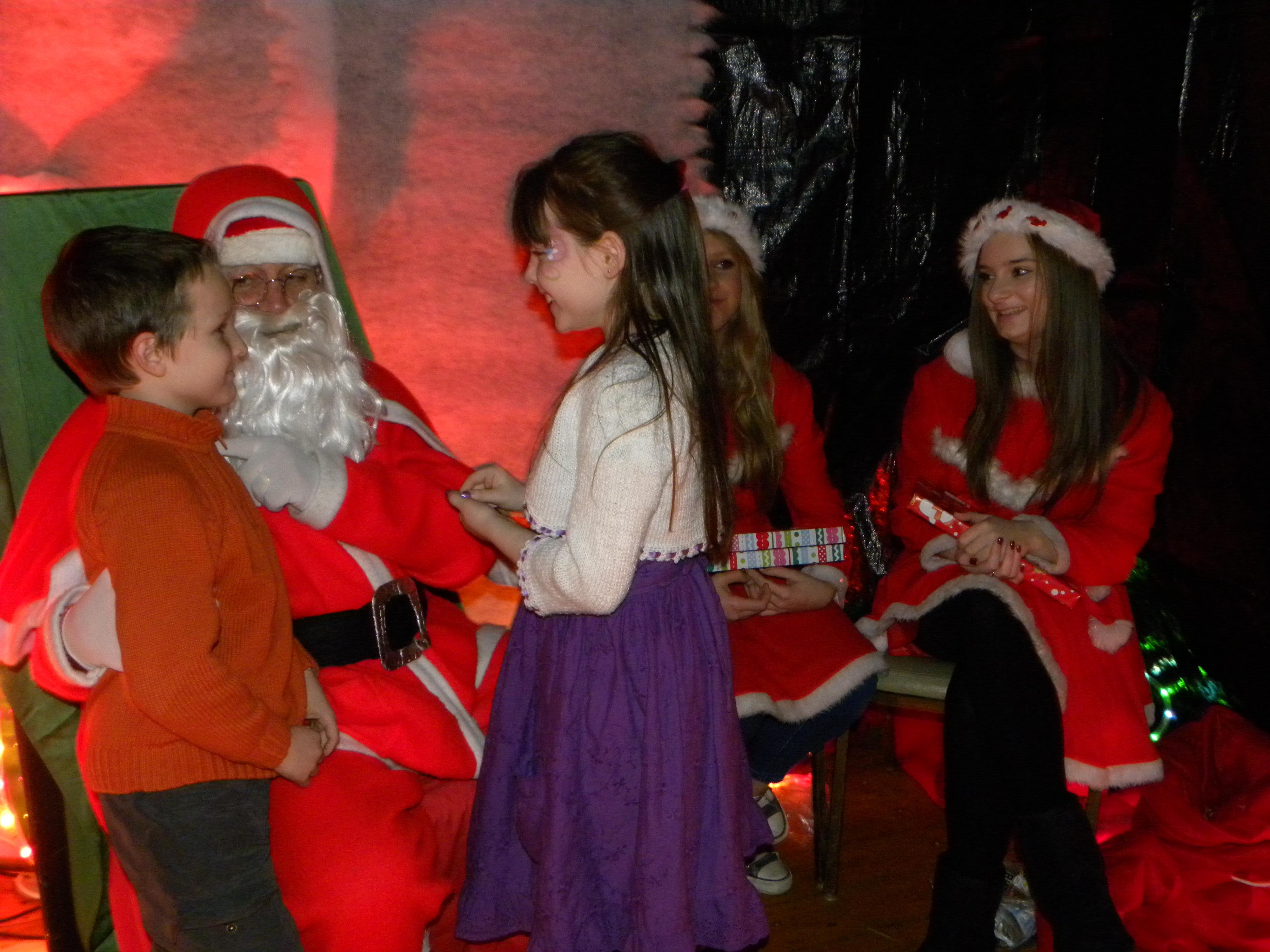 Santa Visit 2011 075