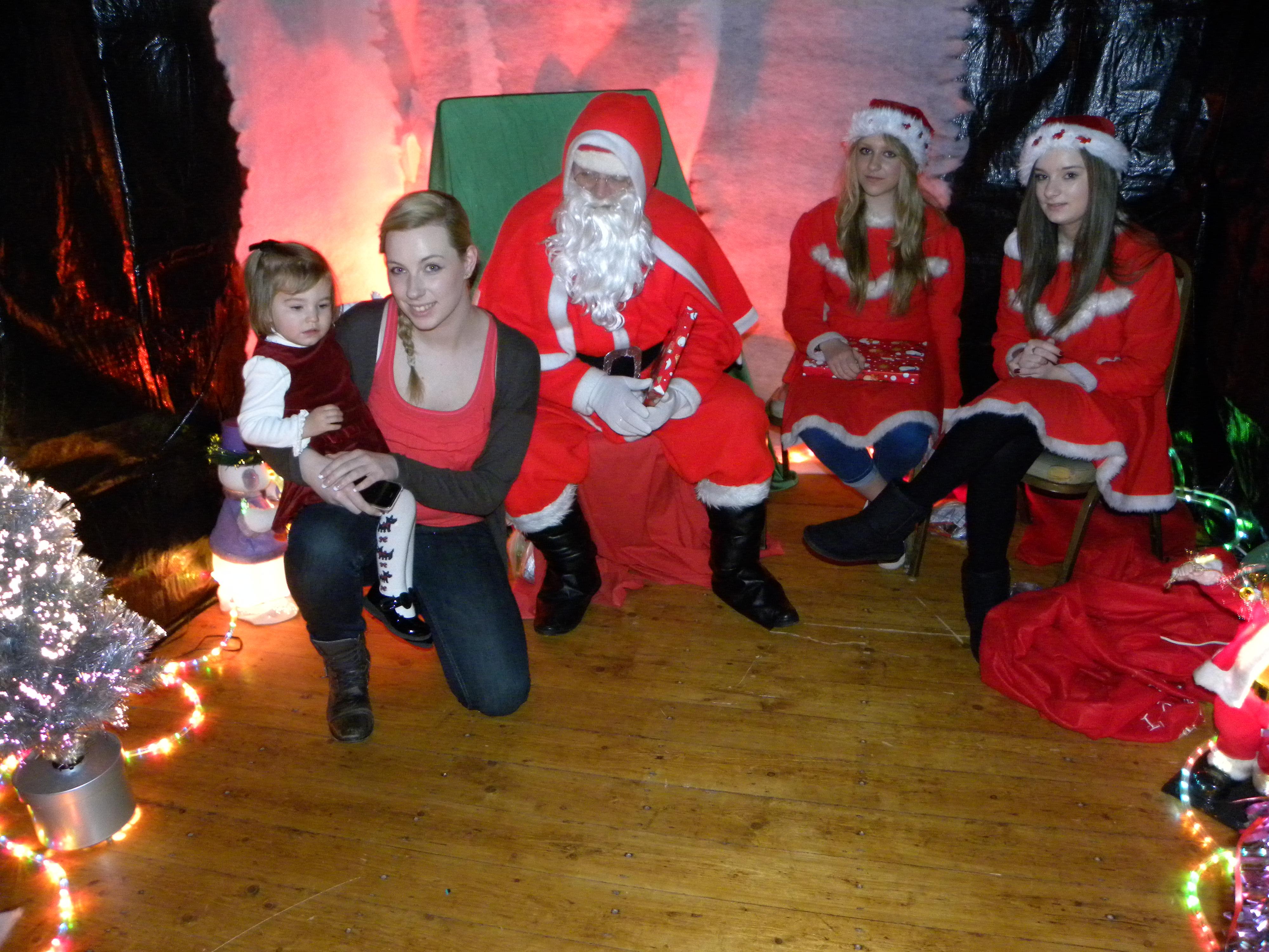 Santa Visit 2011 088